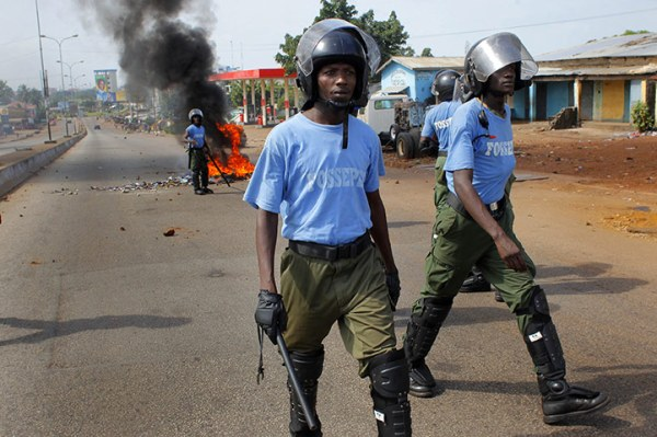 FOSSEPELguinea-conakry-electioncops1